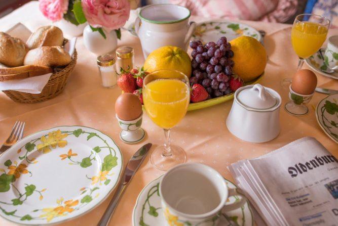 hotel-mensing-breakfast1