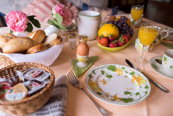 hotel-mensing-breakfast3